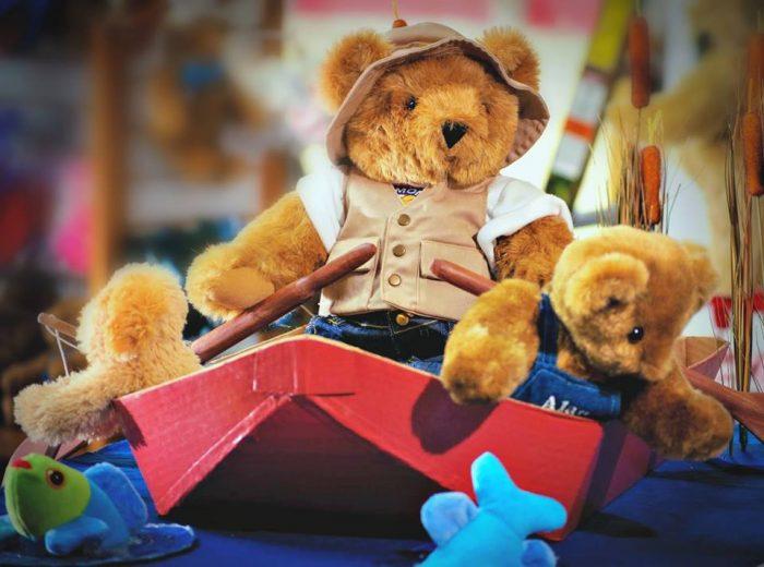 7.  Vermont Teddy Bear, Shelburne
