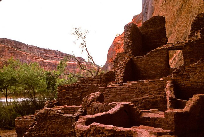5. There are as many as 800 known archaeological sites just within the national monument.