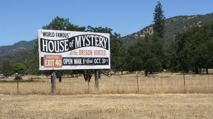 2. Oregon Vortex and House of Mystery, Gold Hill
