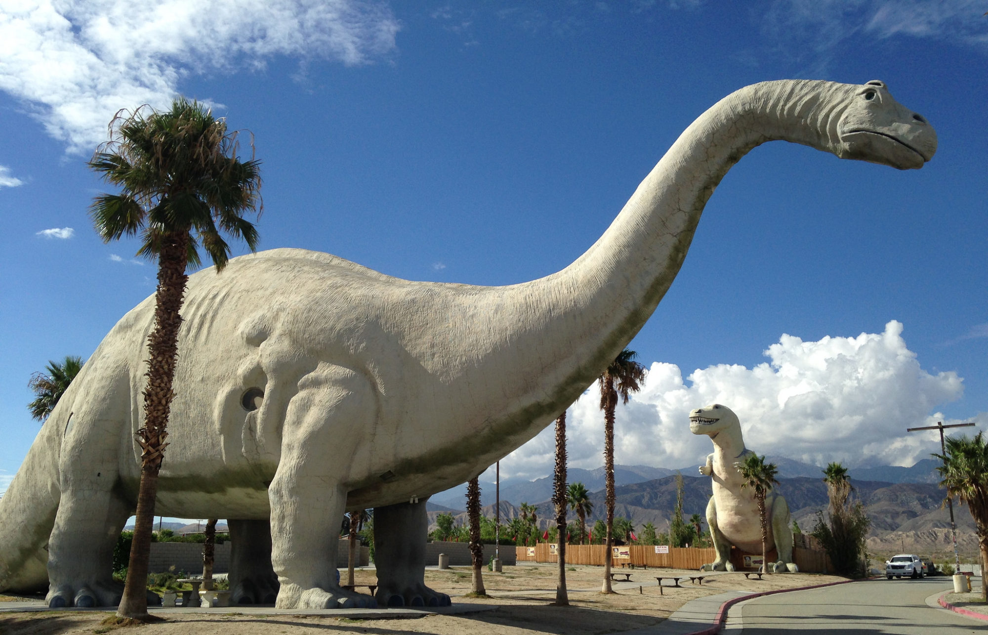 These 8 Roadside Attractions In Southern California Will Make You Do A Double Take