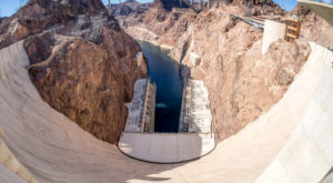 This Bizarre Phenomenon At Arizona's Hoover Dam Needs To Be Seen To Be Believed