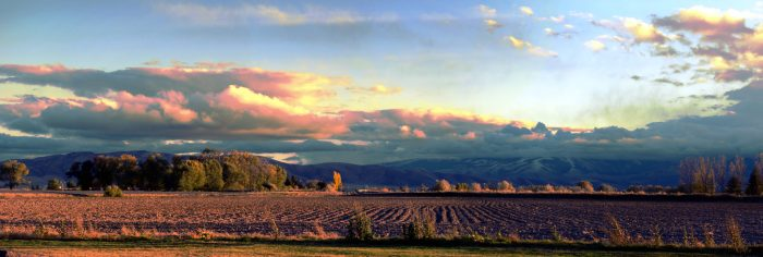4. And no other sunset will ever compare to Idaho's vibrant evening displays.