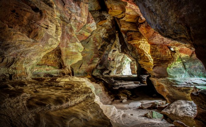 10. The Rock House Trail (Hocking Hills State Park)