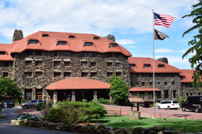 10. The Omni Grove Park Inn (Asheville, North Carolina)