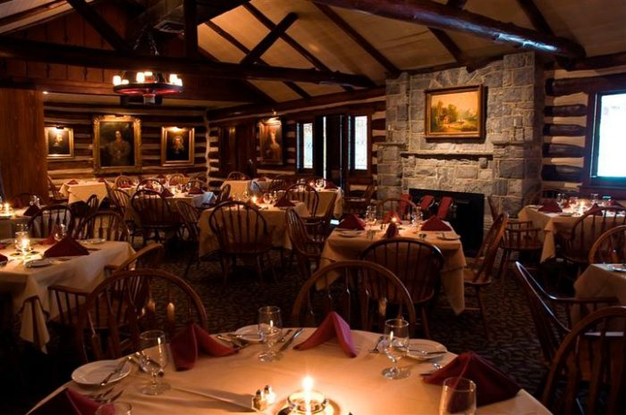 The 10 Most Romantic Restaurants In Pennsylvania