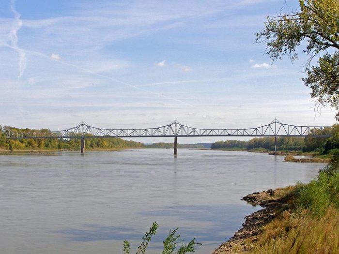 1. Rotary Riverfront Trail – Washington