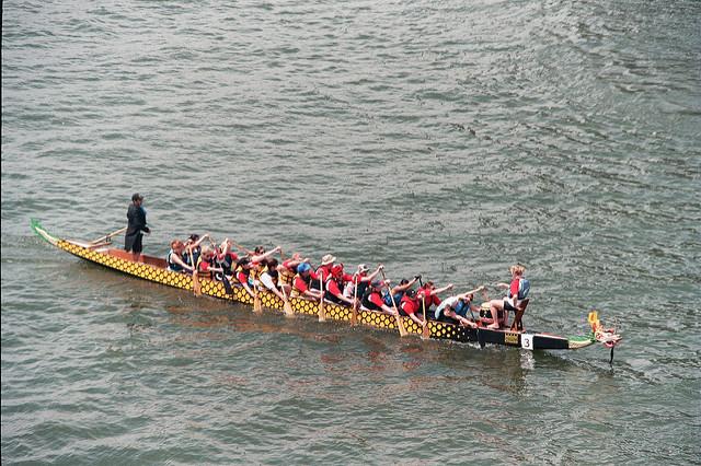 2. Race fellow Pittsburghers aboard a dragon boat.