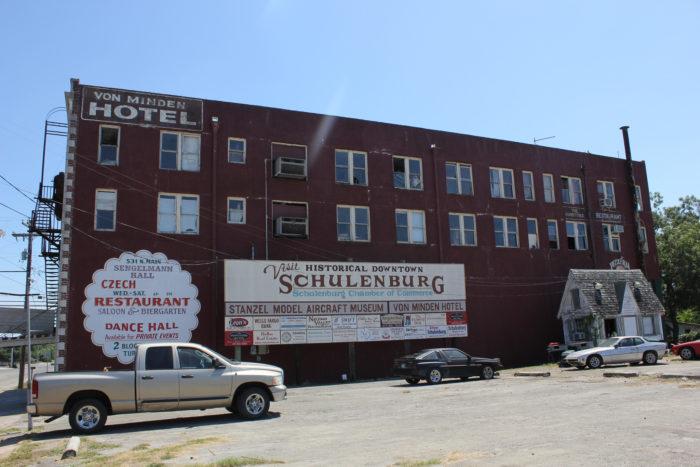 10. Schulenburg