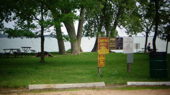 There are 113 modern camping sites with electrical hookups and 64 primitive camping sites.