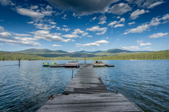 Featuring one of the state's most pristine, crystal-clear lakes, it's easy to get lost in the beauty of the area.