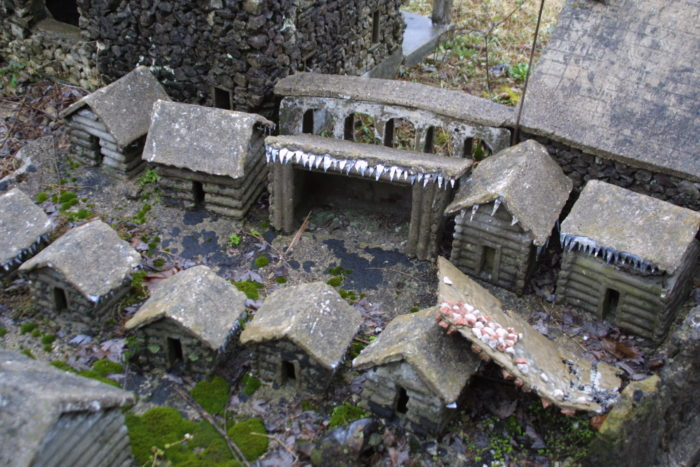 This teeny settlers' village looks like it has seen better days, but is still charming.