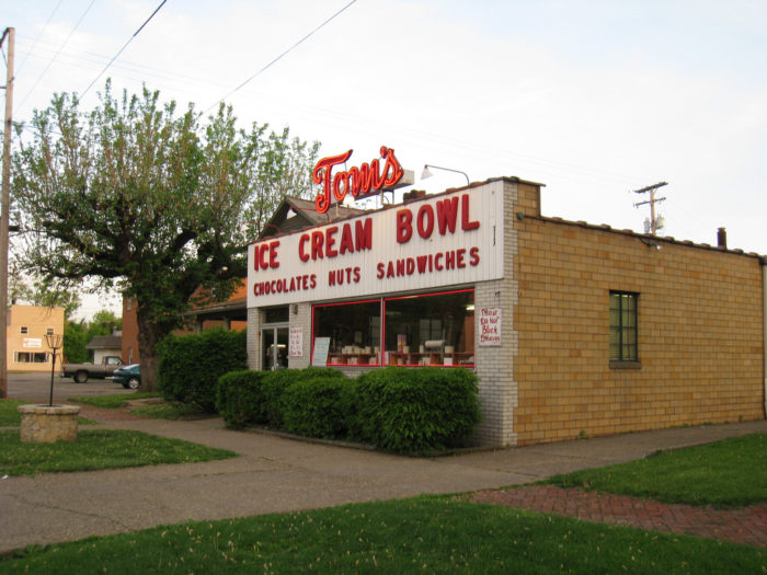 Since 1950, Tom's Ice Cream Bowl has served up the area's best homemade ice cream. Its homey, 1950s style makes it a nostalgic stop for many.