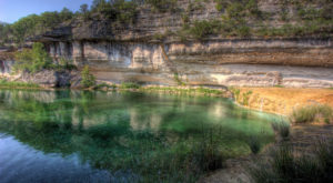 This Hidden Swimming Hole In Texas Is Too Beautiful For Words
