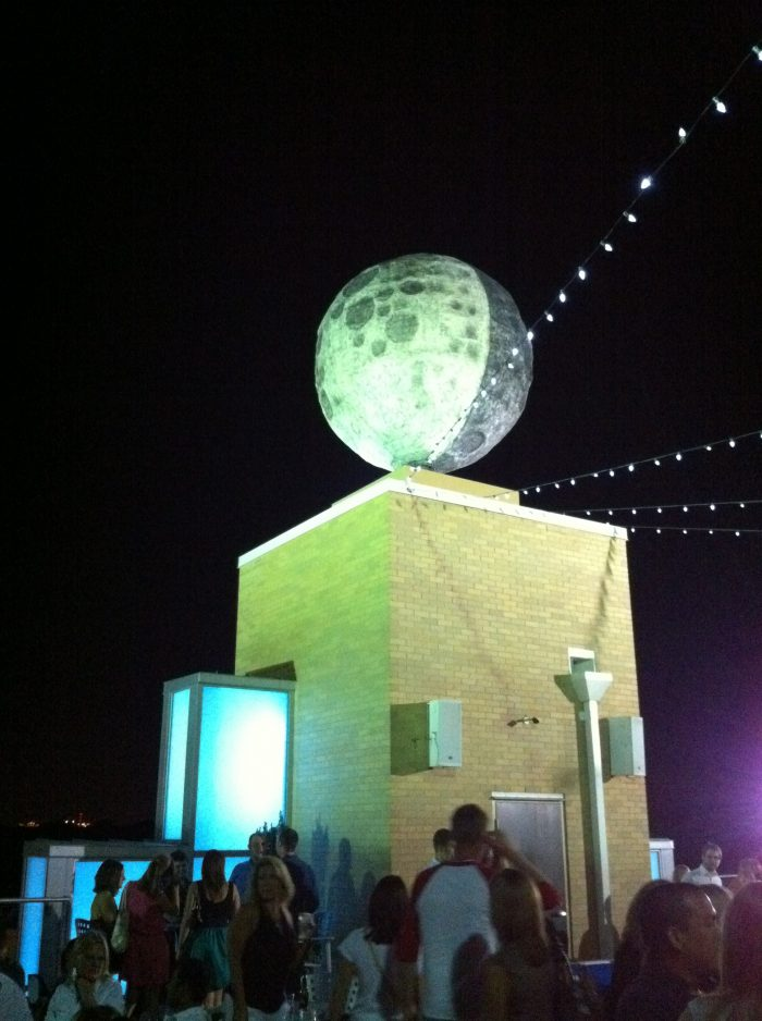 3. World's Largest Man-Made Moon – St. Louis, Mo.