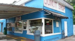 This Tiny Shop In Mississippi Has Donuts To Die For