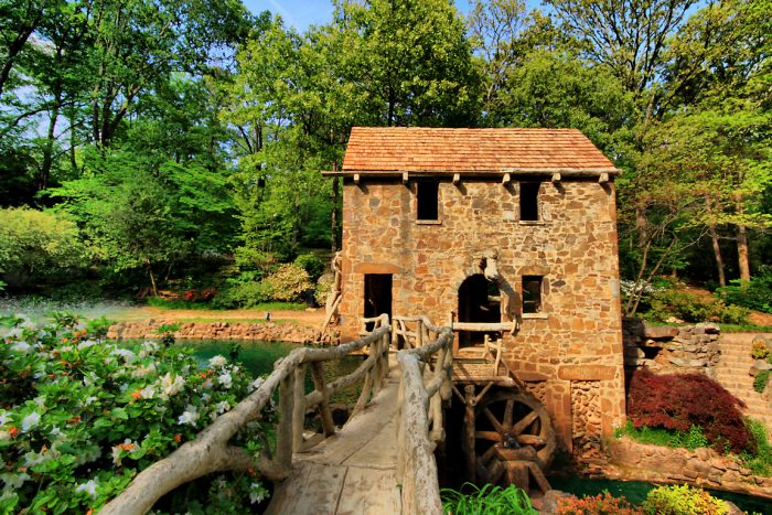 10. The Old Mill in North Little Rock is as picturesque as it comes.