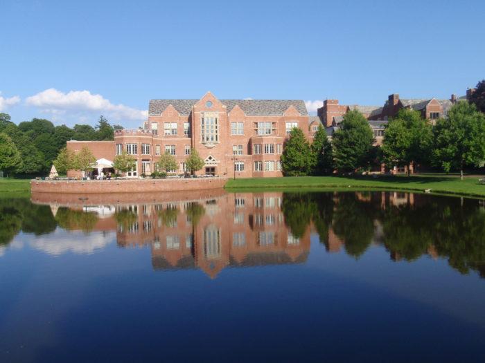 9. Taft School (Watertown)