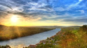 These 10 Gorgeous Waterfront Trails In Texas Are Perfect For A Summer Day