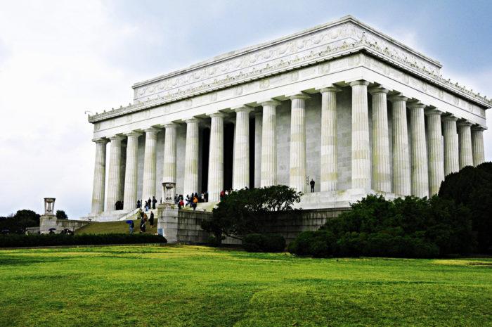 2. Lincoln Memorial, Washington D.C.