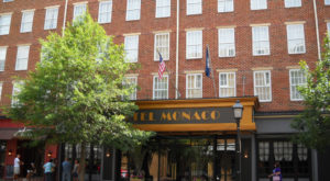 Only Brave Road Trippers Stay In These 9 Extremely Haunted And Creepy Hotels In The US