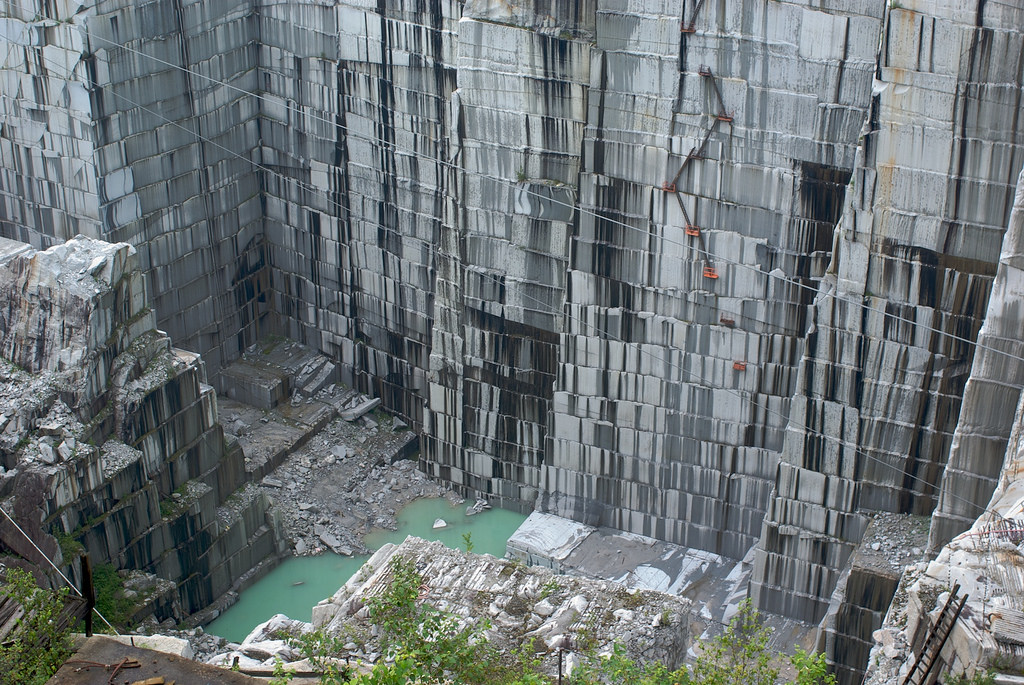 Amazing Drone Footage Of An Abandoned Vermont Quarry