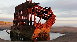 There's An Eerily Beautiful Shipwreck Hiding On The Oregon Coast and You Need To See It