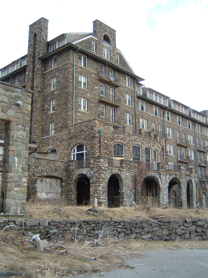 The Inn at Buck Hills Falls started modestly with only 18 rooms and, as the decades passed, expanded to a resort that boasted more than 400 rooms.