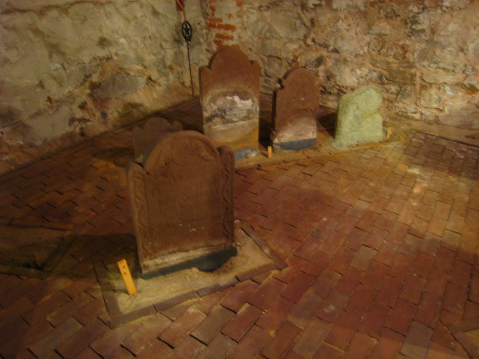 Some of the tombs are a little eerie.