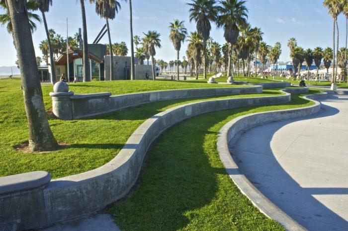 4. Los Angeles