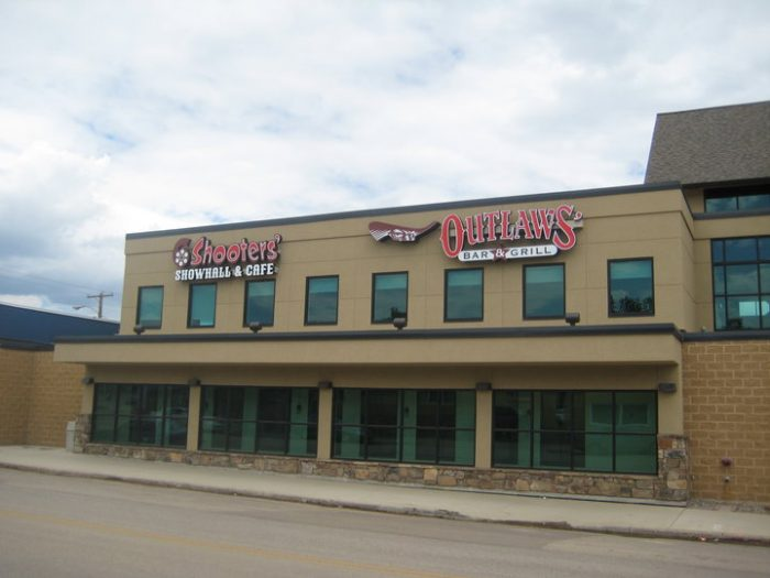 6. Outlaws' Bar & Grill - Williston and Watford City