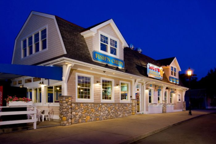 4. Iggy's Doughboys and Chowder House, Narragansett and Warwick