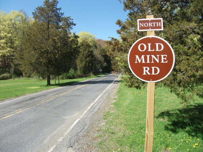 Old Mine Road North