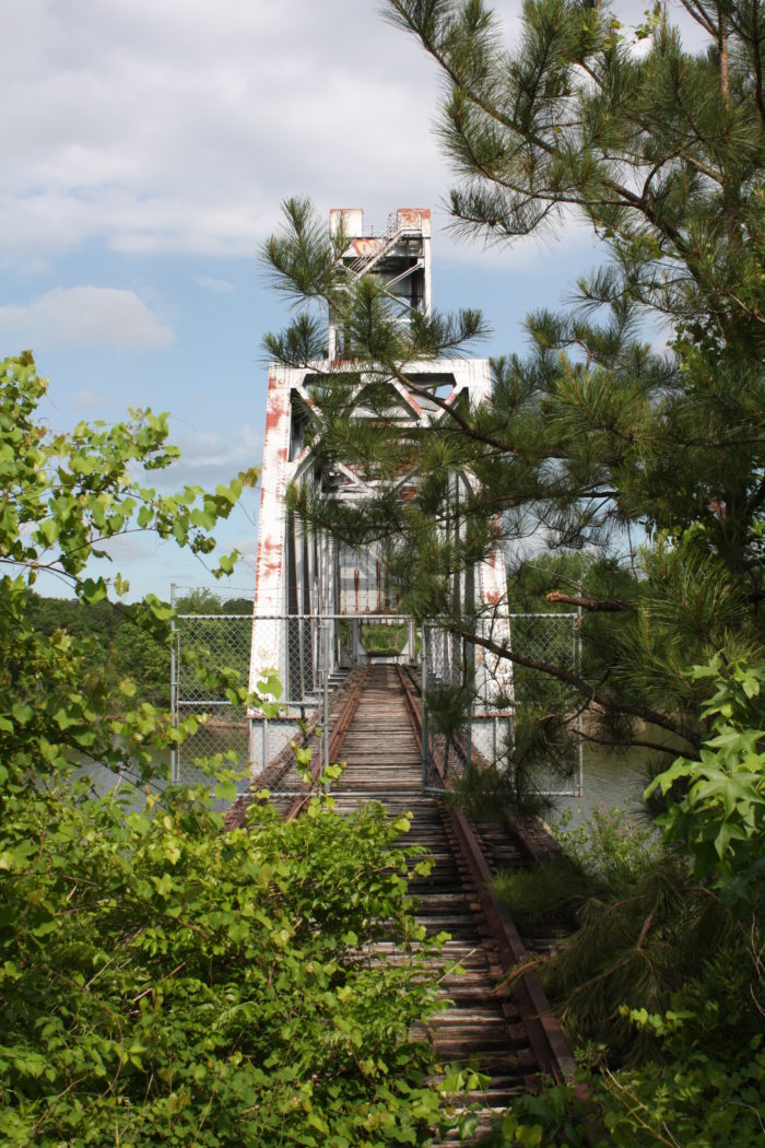 5. This 1969 vertical lift bridge, which spans over the Chattahoochee River, was once used by the Seaboard Coast Line Railroad. It's now abandoned.