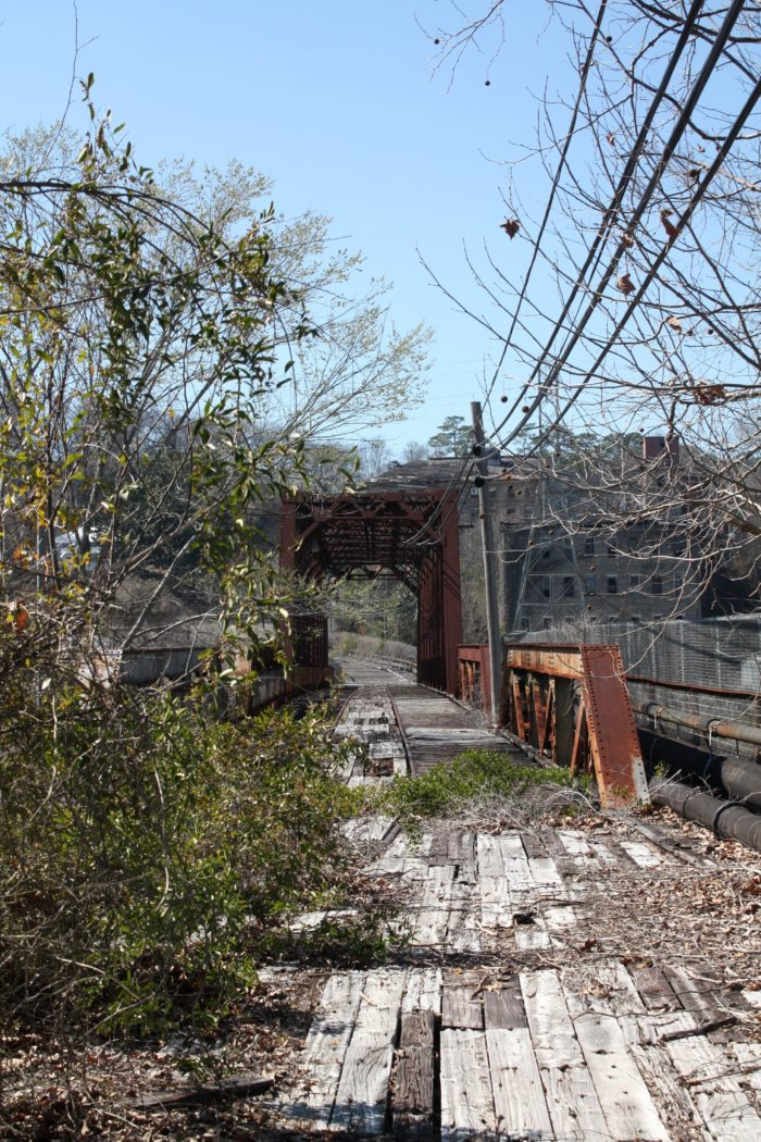 3. This abandoned bridge in Tallassee, Alabama connects Elmore and Tallapoosa counties.