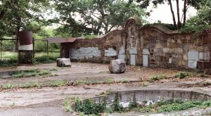 The Remnants Of This Abandoned Zoo In Massachusetts Are Hauntingly Beautiful