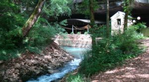 This Secret Cave River In Kentucky Is A Must Visit