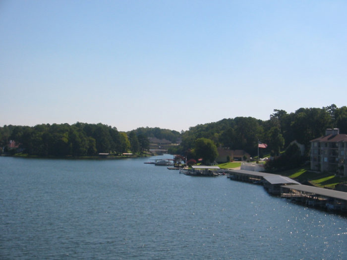 12.	Lake Hamilton (Hot Springs)