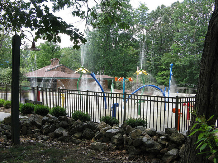 Slip down slides. Glide along a lazy river. Or, play under sprinklers at the onsite WildRiver WaterPark.