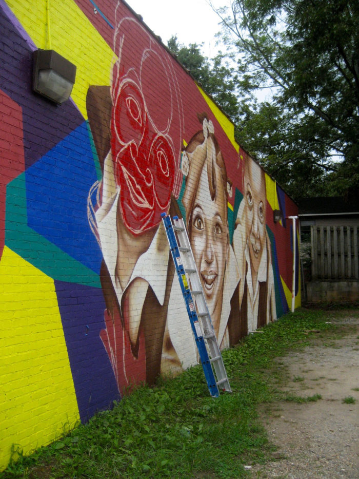The artists paint directly on vacant buildings, provided they have approval from the owner, of course.