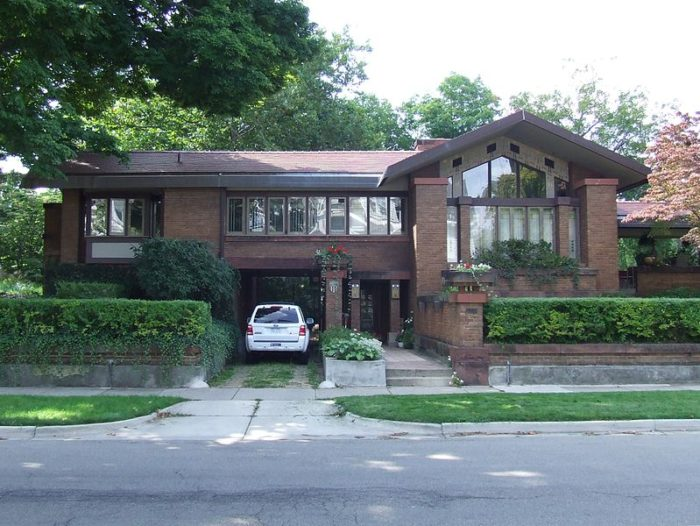 5. David M. Amberg House (573 College Avenue, Grand Rapids)
