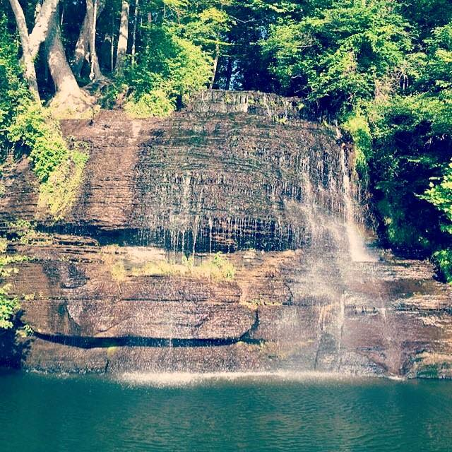 One of the best aspects of Pickwick Lake is Cooper Falls. The 50' waterfall is among the tallest in the state and is a gorgeous sight to say the least.