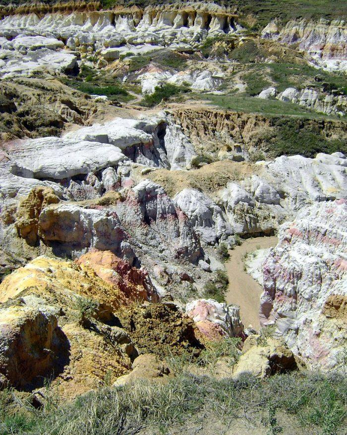 816px-Calhan_Paint_Mines_Archeological_District_01