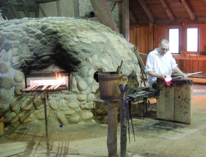 6. Jamestown Historic Glasshouse