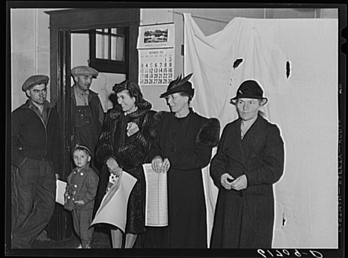3. People waiting to vote in the Presidential election during the 1940 election.
