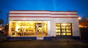 There's No Restaurant In the World Like This One In Missouri
