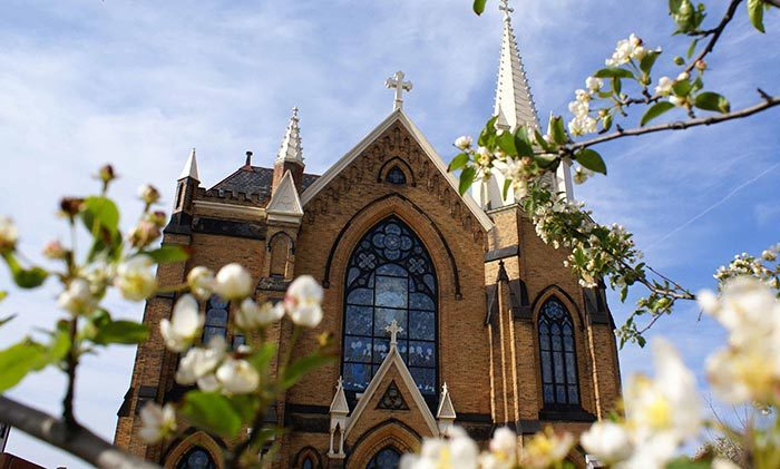 9. St. Mary of the Mount Parish - 403 Grandview Avenue