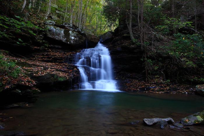 Autumn-waterfalls-keenys-creek-pool_-_West_Virginia_-_ForestWander