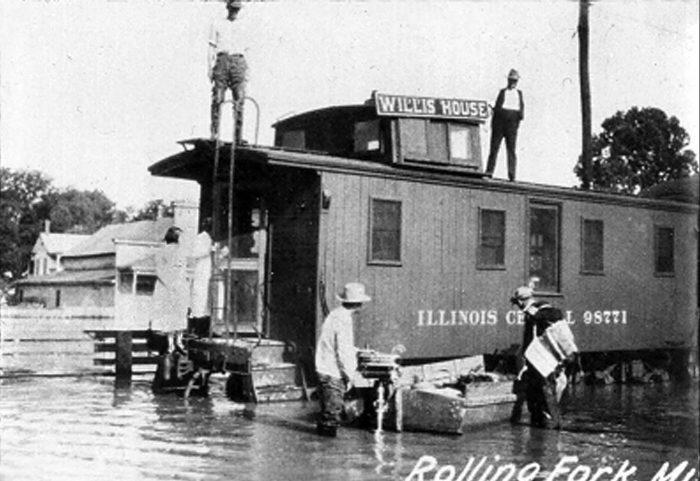 7. Bridge collapse, June 1900
