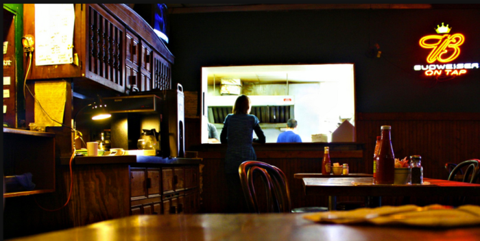 4. Brown's Diner