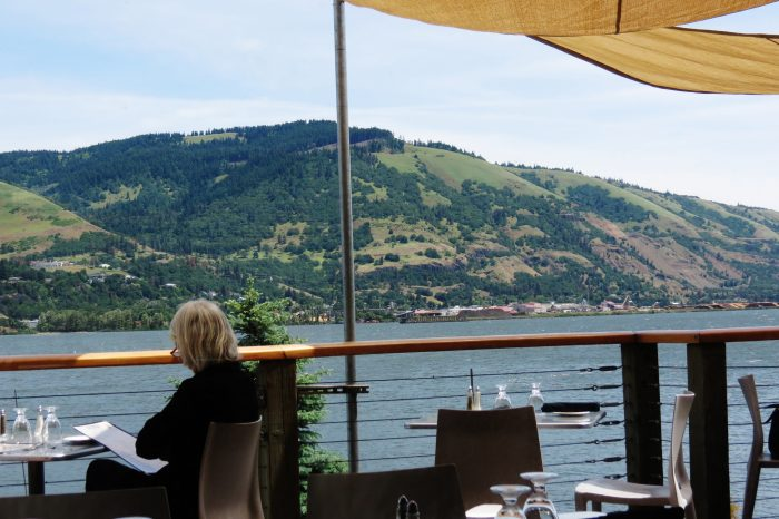 If you're just wanting to relax, you can have a delicious meal directly on the river to enjoy the awe-inspiring view.